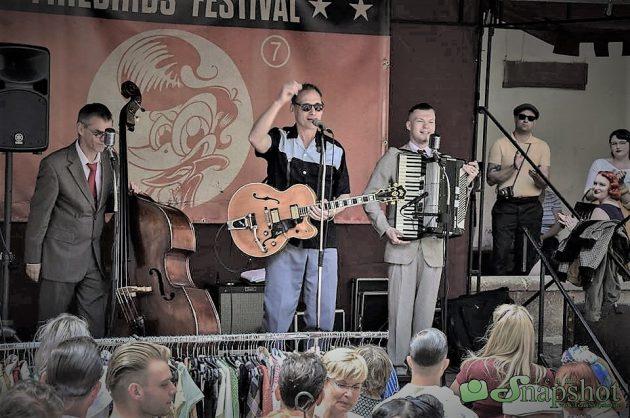 Das Tilmann Schneider Swing Terzett aus Köln beim Firebirds Festival 2018 in Trebsen